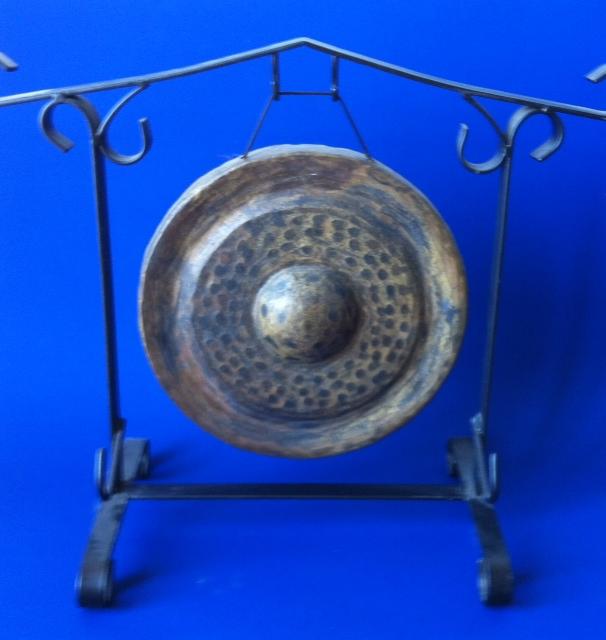 blue nipple gong